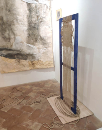 ATROPOS - canapo da teatro su legno - cm 160x60 - 2020